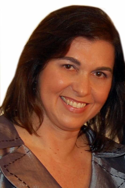 Mary de Lourdes Costa Ferreira Marques - PR